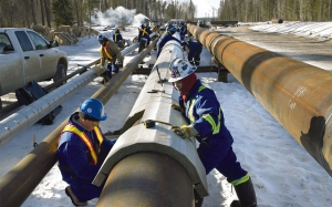 Alberta has pipelines everywhere, but few cross provincial lines.