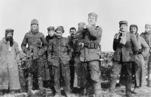 German soldiers of the 134th Saxon Regiment and British soldiers of the Royal Warwickshire Regiment meet in no man's land, December 26, 1914.